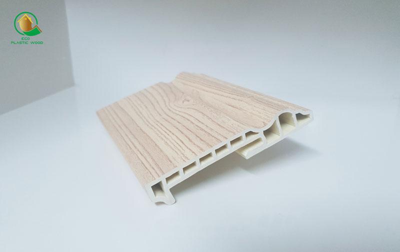 Phào chân tường gỗ nhựa sinh thái